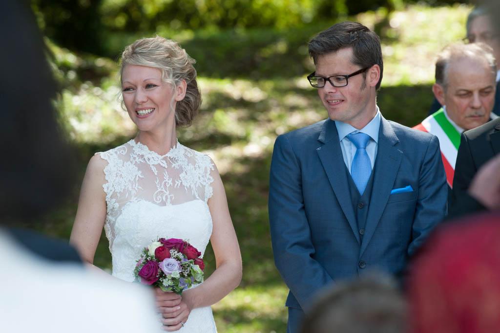 Groom-bride-wedding-Italy-Valpolicella-CORRUBBIO-Via Pasetto
